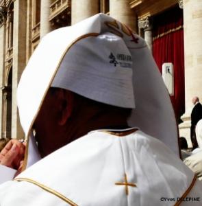 Chapeau les prêtres ! 6 chapo15